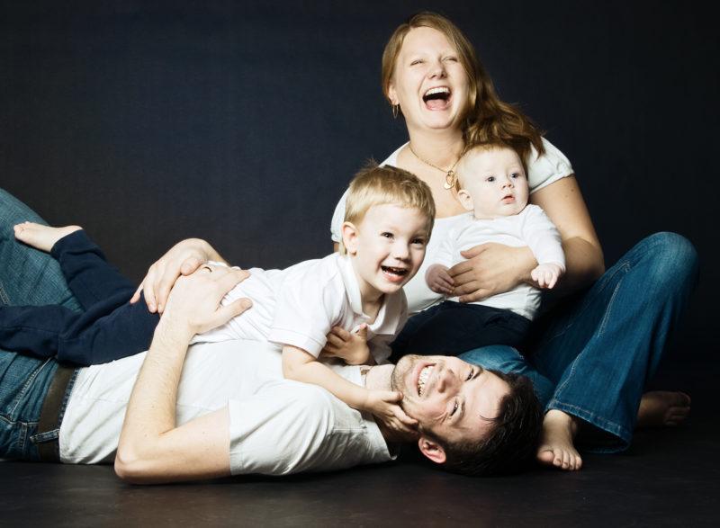 Familienfoto, alle haben Spaß
